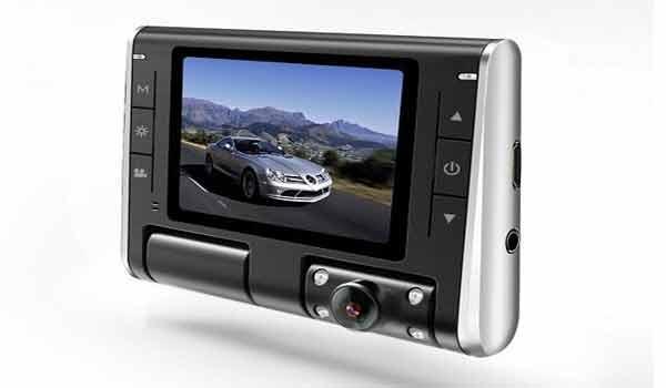 Camera hành trình hỗ trợ ghi hình ban đêm tốt K8000