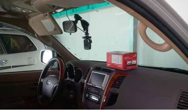 Hướng dẫn cách lắp đặt camera hành trình ô tô